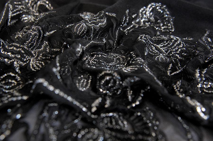 mikkelpaige-shawl_store-detail-09.jpg
