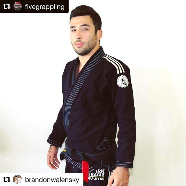 You want to see some high level #jiujitsu? Do yourself a favor and watch Brandon compete in the 8 Man Bracket next month.  Tag a friend that will be watching some high level #jiujitsu at the five grappling tournament in #sandiego July 15th #Repost @brandonwalensky (@get_repost) ・・・ Thank you @fivegrappling !! #Repost ・・・ BRANDON WALENSKY ( @brandonwalensky ) Is a Judo Black belt under Paulo Fernando & a  Brazilian Jiu-Jitsu Black Belt under Clark Gracie Started Judo at age 13 under Paulo Fernando in San Diego county. After training for 3 years he started training Brazilian Jiu-Jitsu as well. Received his Judo Black Belt at age 19 and started to focus more on Brazilian Jiu-Jitsu. Being the active competitor he started training under Clark Gracie at the age of 20. Brandon then received his Brazilian Jiu-Jitsu black belt under Clark Gracie at the age of 24 in 2017. #AssembleThe8 #judo  #5superleague #bjj #5SL #ClarkGracie #jiujitsu