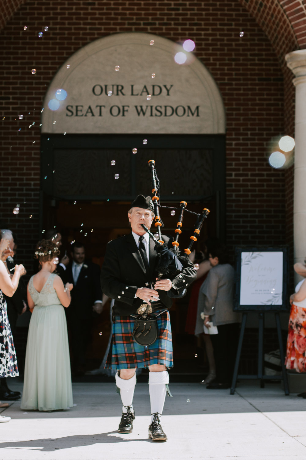 Caitlin got a Bagpiper! He was awesome.