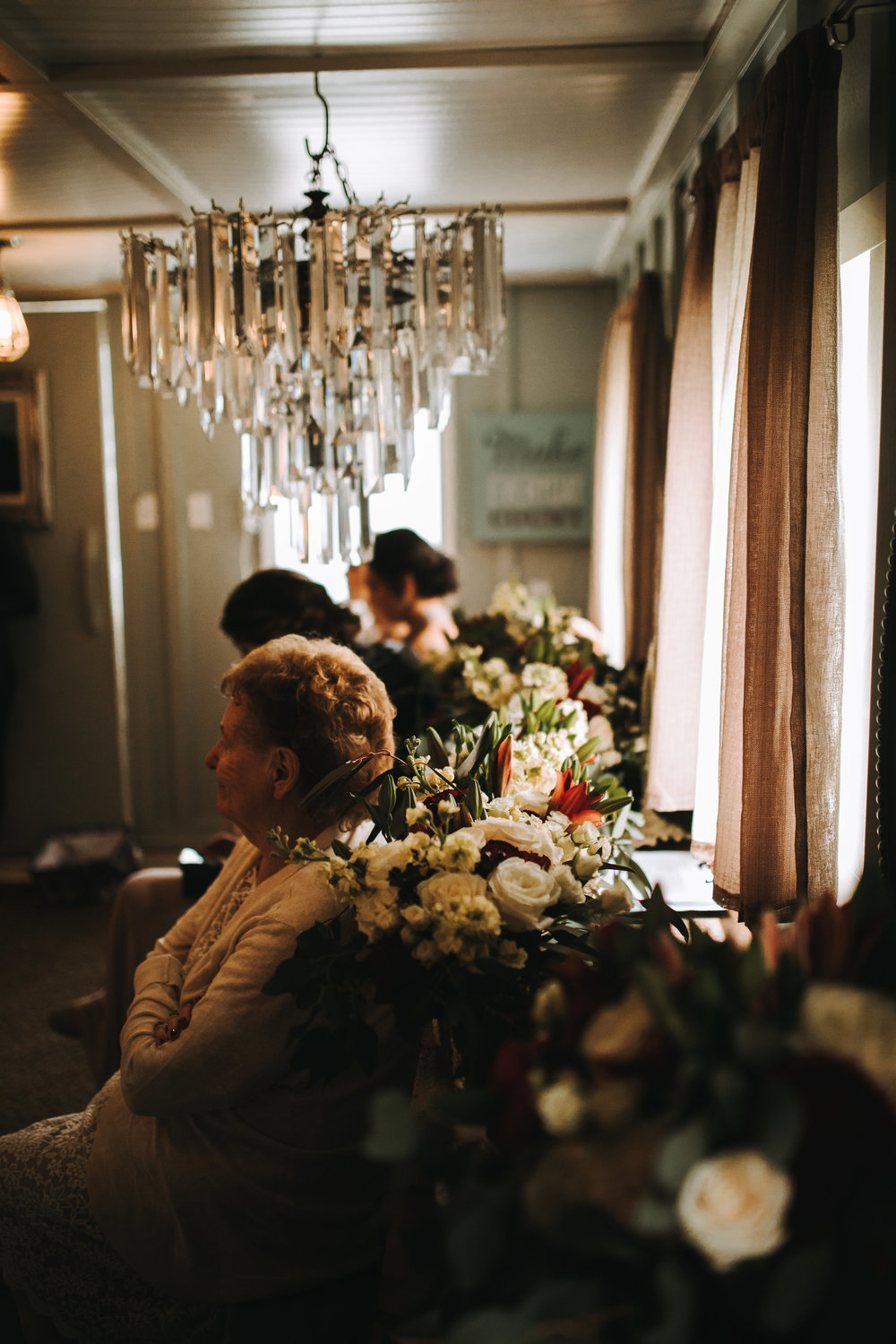 Lining of the bouquets by Flowerly Art