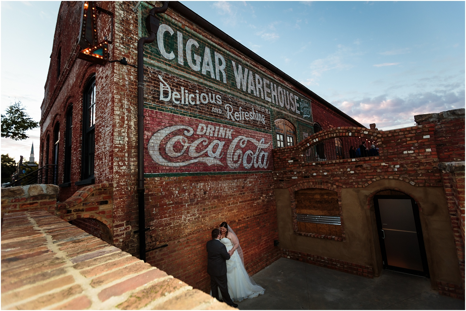 old-cigar-warehouse-wedding-photography-38_blog.jpg