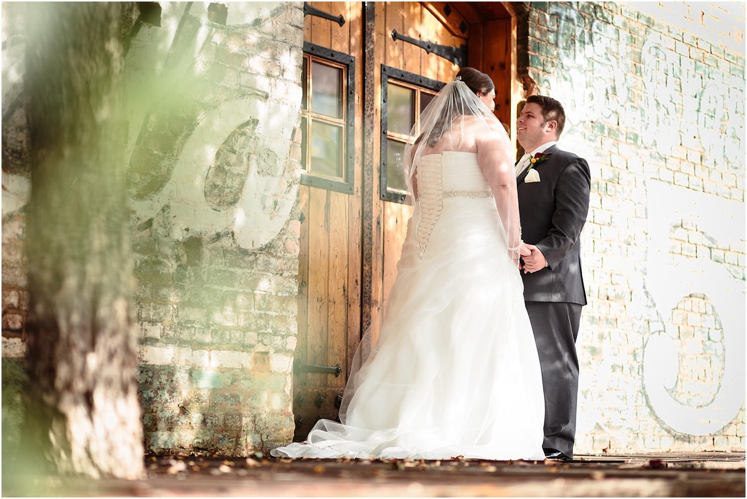 old-cigar-warehouse-wedding-photography-20_blog.jpg