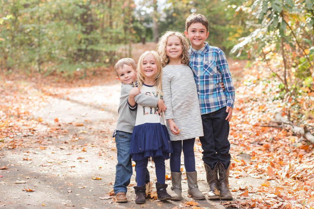 Ashley-AMBER-Photo-Greenville-Family-Photographer-161106-3.jpg