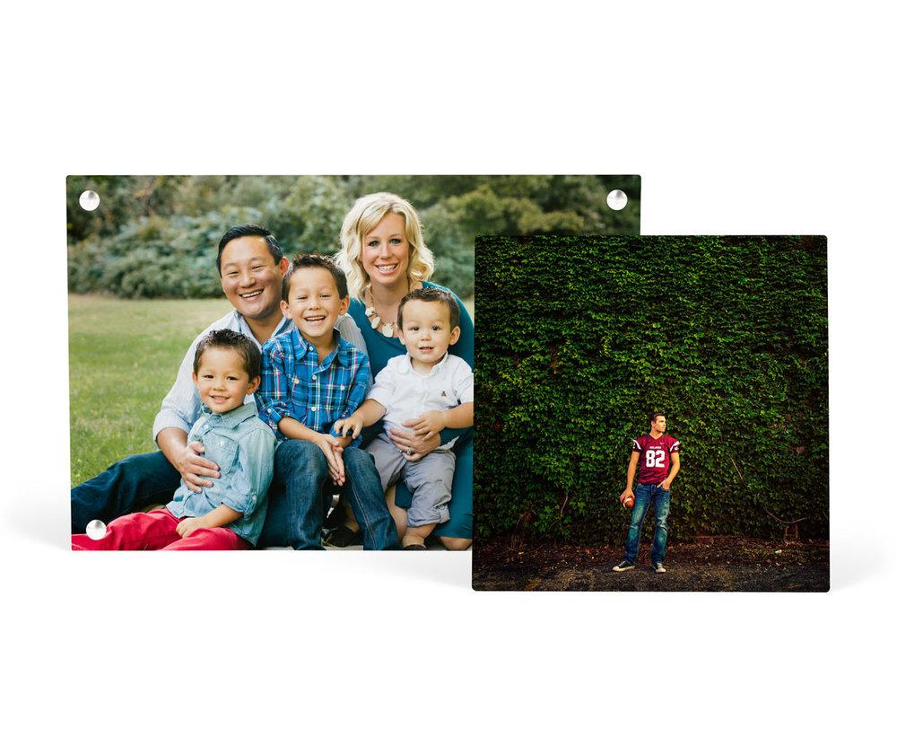 h_metal_multiple_family_senior.jpg