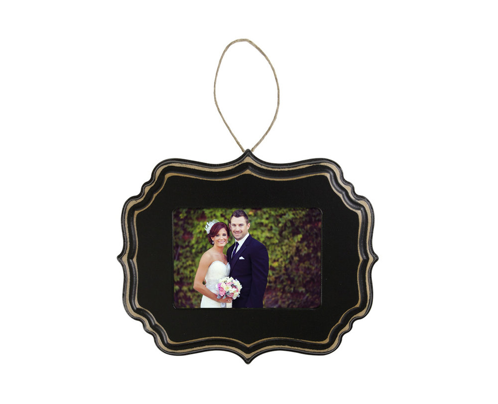 h_ornament_blackseaside_wedding.jpg