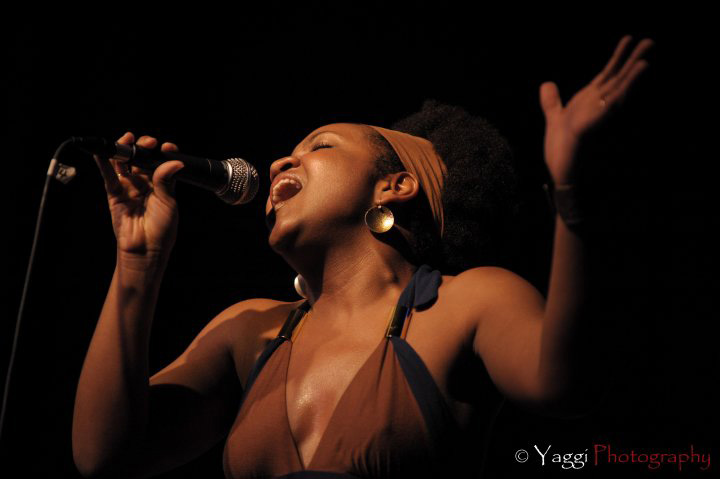 akina-adderley-singing-web.jpg
