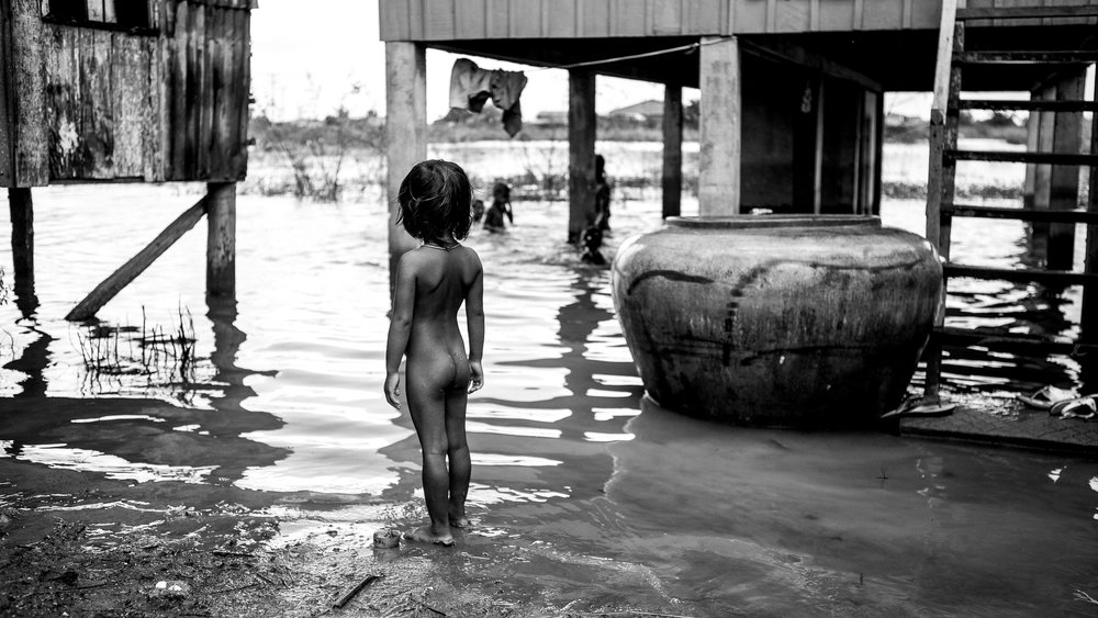 swimming kids 01.jpg