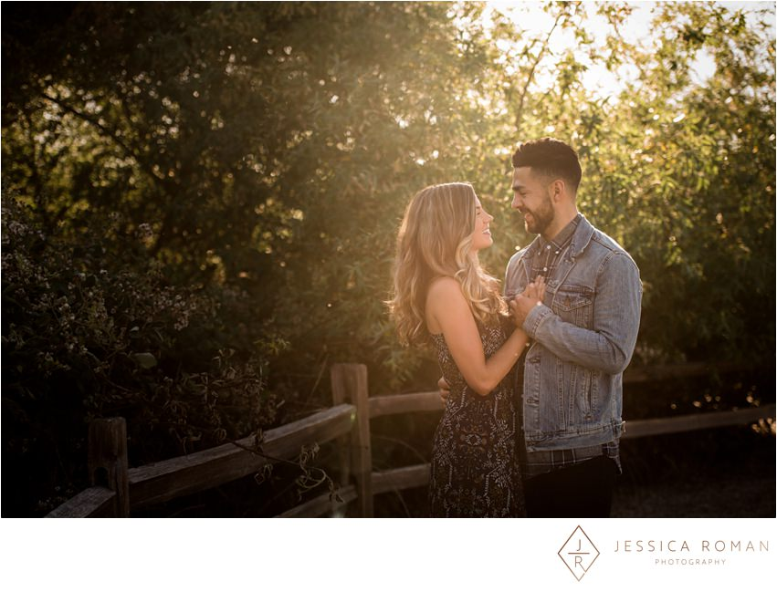 jessica-roman-photography-sacramento-wedding-phtoographer-engagement-001.jpg