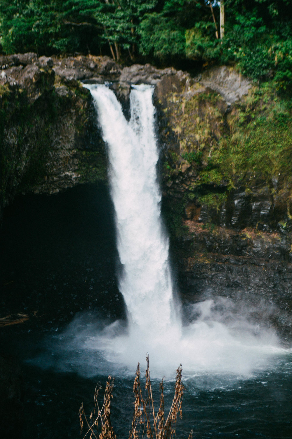 Rainbow Falls Big Island Hawaii + SaltWaterVibes