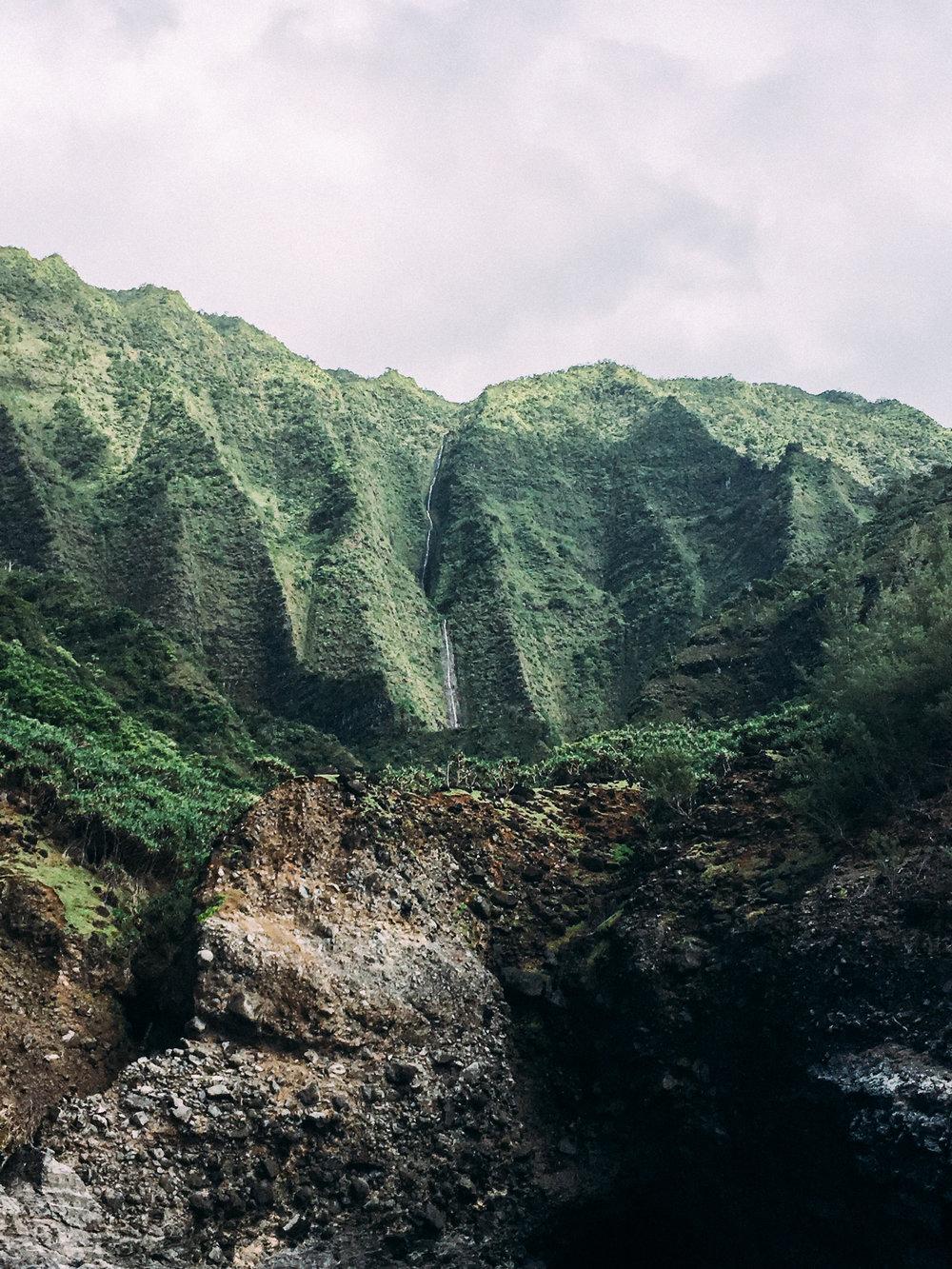 Na Pali Coast Blue Ocean Adventure Tour + SaltWaterVibes