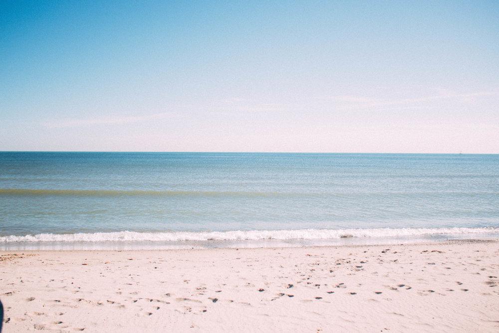Bradford Beach Wisconsin   SaltWaterVibes