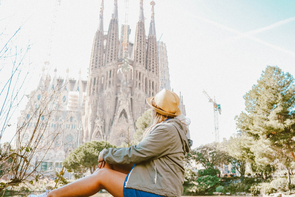 Visiting The Park Guell and Sagrada Familia Bareclona | SaltWaterVibes