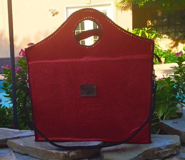 BESOS CLASSIC HANDBAG - RED FLORAL