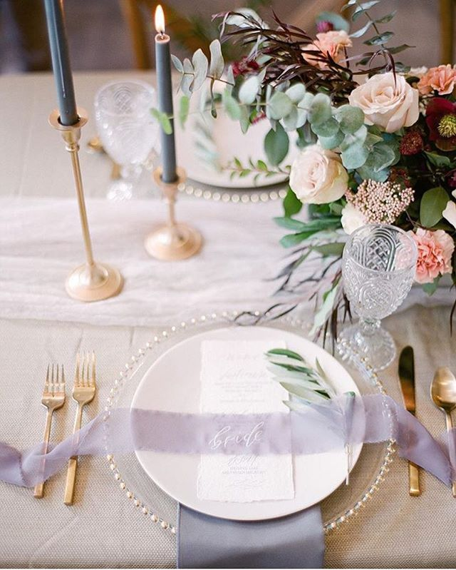 Forever in love with this table setting🌿