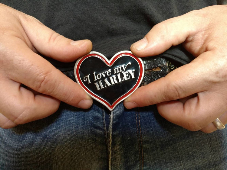 90s Heart Harley Davidson Belt Buckle from  Fawn and Fervor