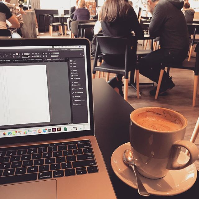 Another day at the office - but better ✌🏽❤️☕️#remoteworking #design #coffeetime