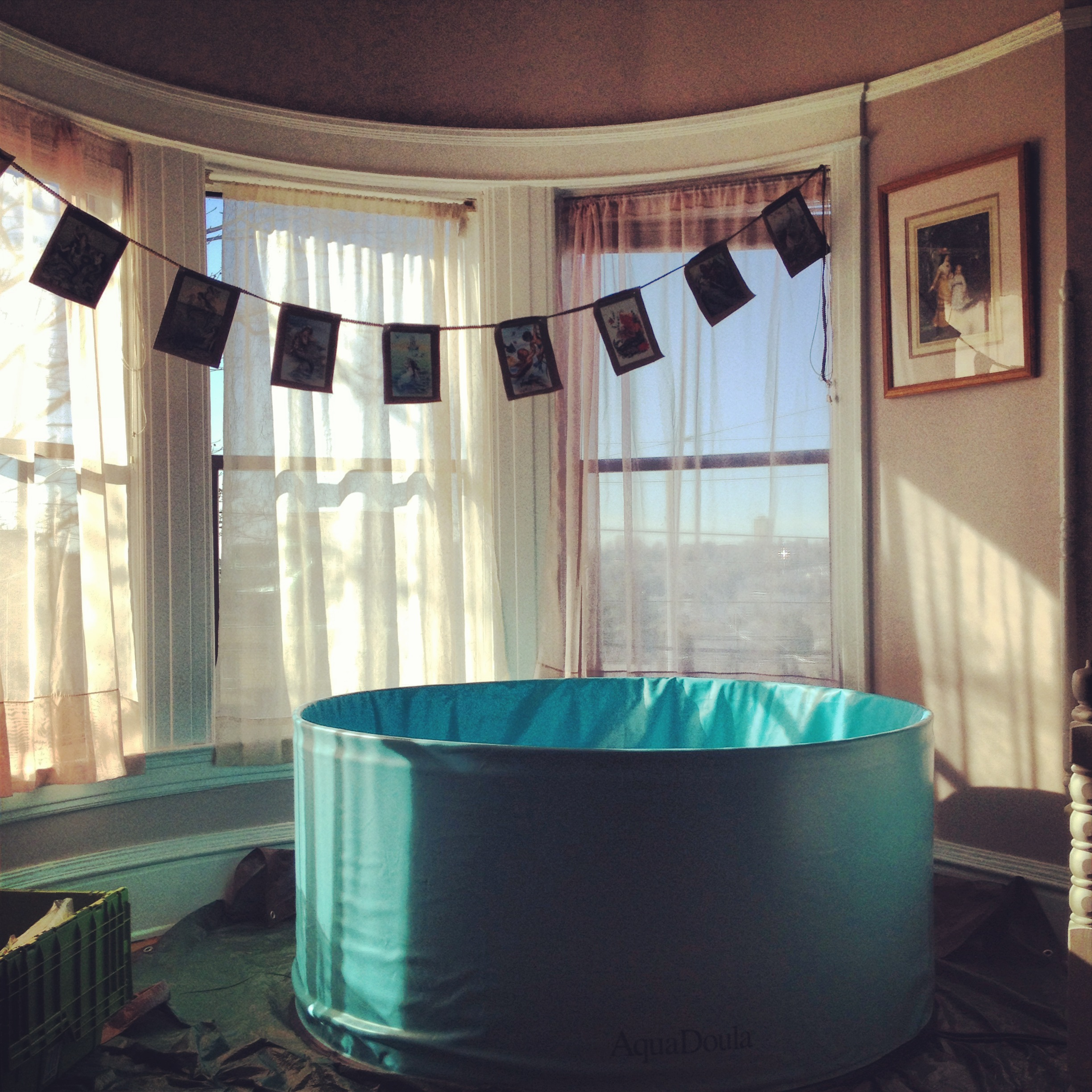 At-home birthing tub