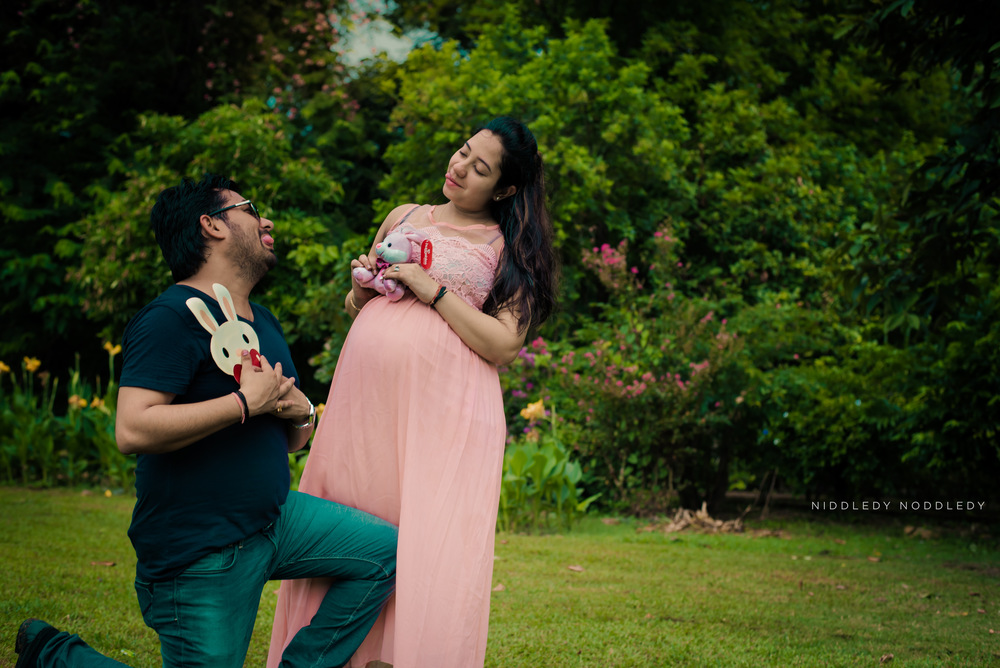 Ajmani's Maternity Photoshoot ❤ NiddledyNoddledy.com ~ Bumps to Babies Photography, Calcutta - 12.jpg
