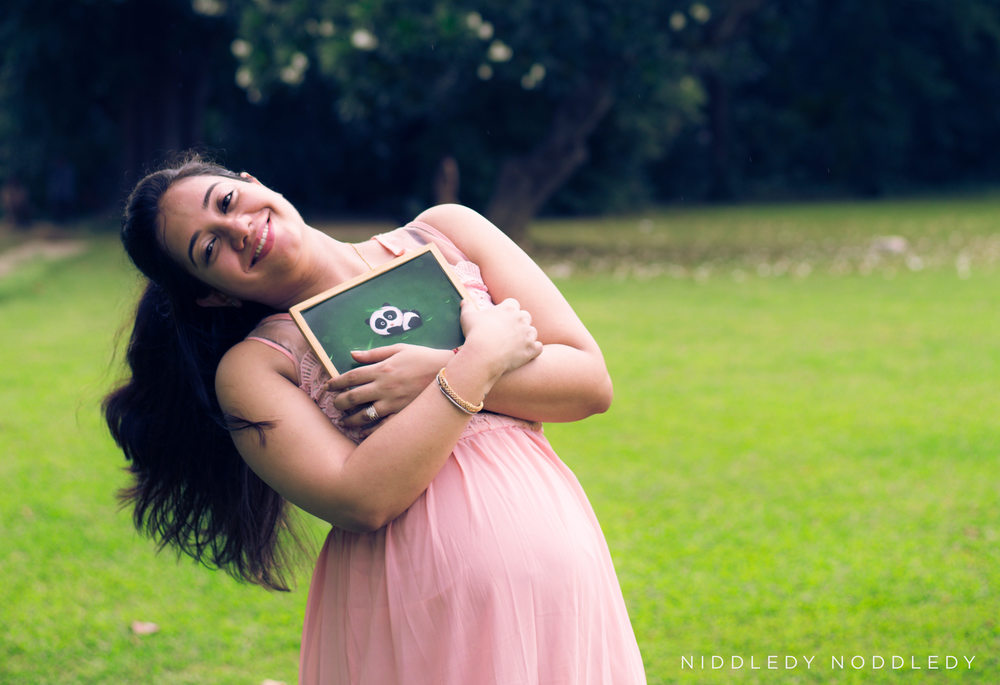 Maternity (Pregnancy:Prenatal) Photo Shoots ❤ NiddledyNoddledy.com ~ Bumps to Babies Photography, Kolkata - 01.jpg