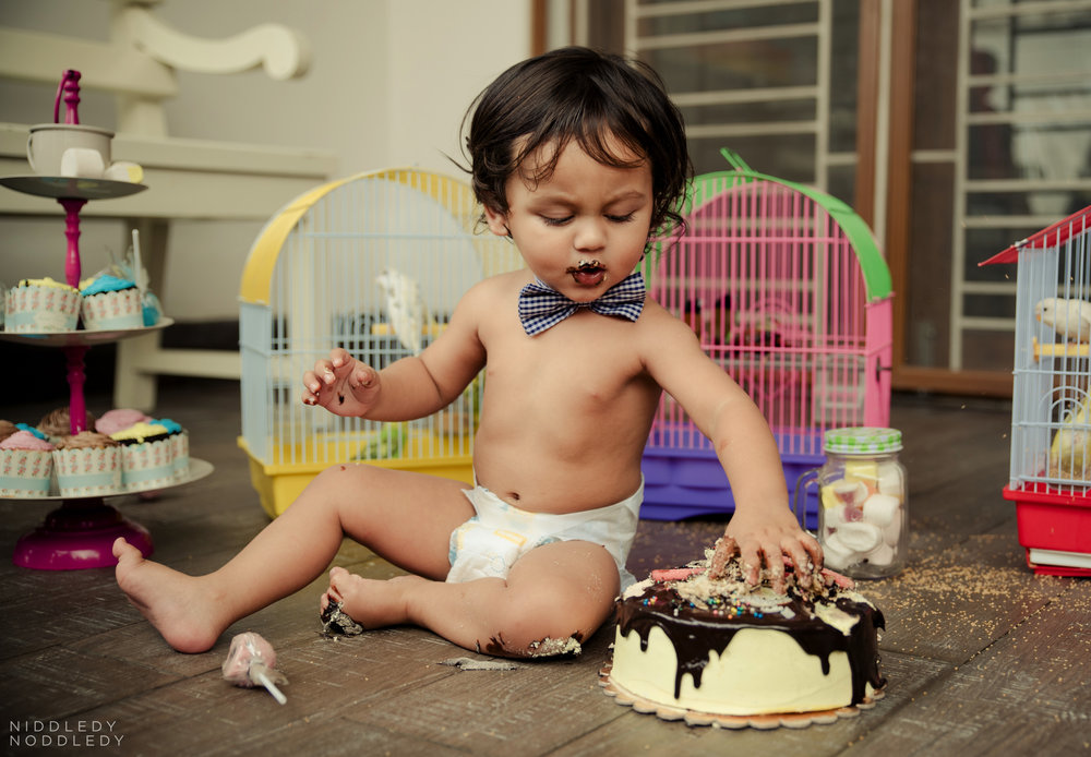 Avyaan Birthday Smash Cake Photoshoot ❤ NiddledyNoddledy.com ~ Bumps to Babies Photography, Kolkata - 05.jpg