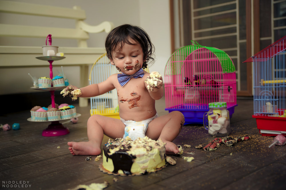 Avyaan Birthday Smash Cake Photoshoot ❤ NiddledyNoddledy.com ~ Bumps to Babies Photography, Kolkata - 08.jpg