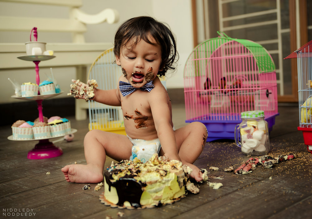 Avyaan Birthday Smash Cake Photoshoot ❤ NiddledyNoddledy.com ~ Bumps to Babies Photography, Kolkata - 09.jpg