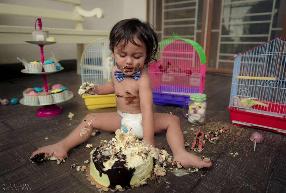 Avyaan Birthday Smash Cake Photoshoot ❤ NiddledyNoddledy.com ~ Bumps to Babies Photography, Kolkata - 11.jpg