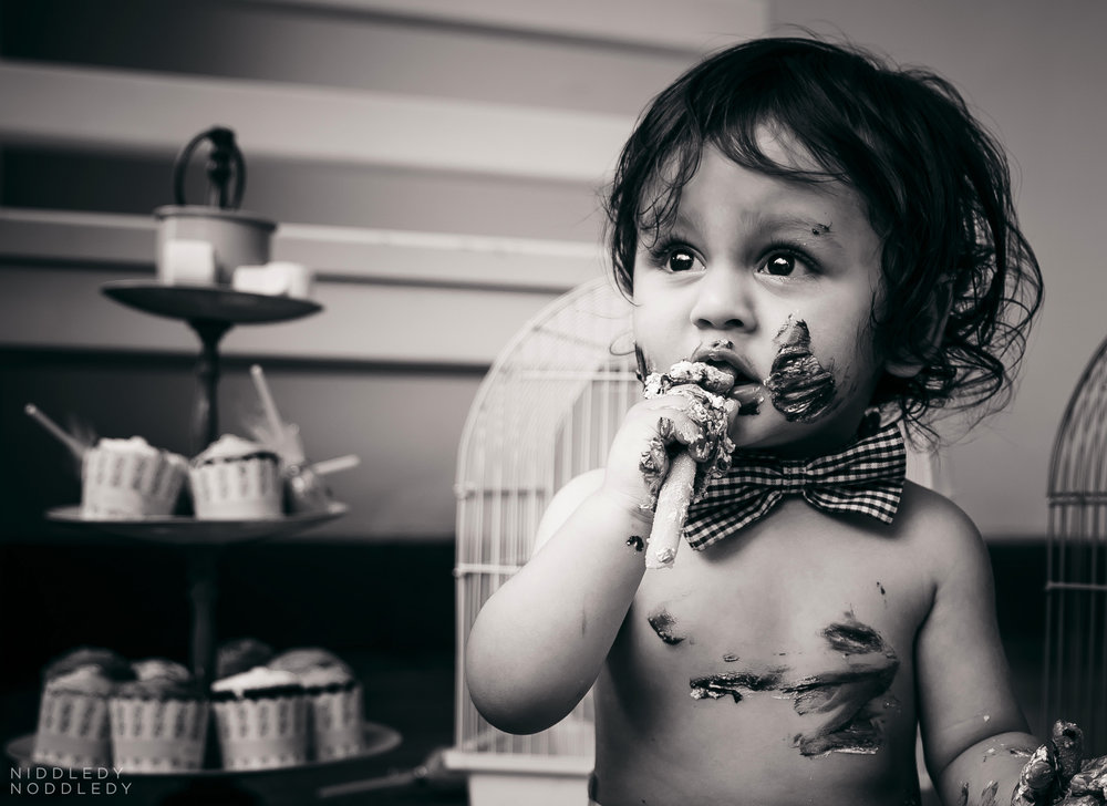 Avyaan Birthday Smash Cake Photoshoot ❤ NiddledyNoddledy.com ~ Bumps to Babies Photography, Kolkata - 12.jpg