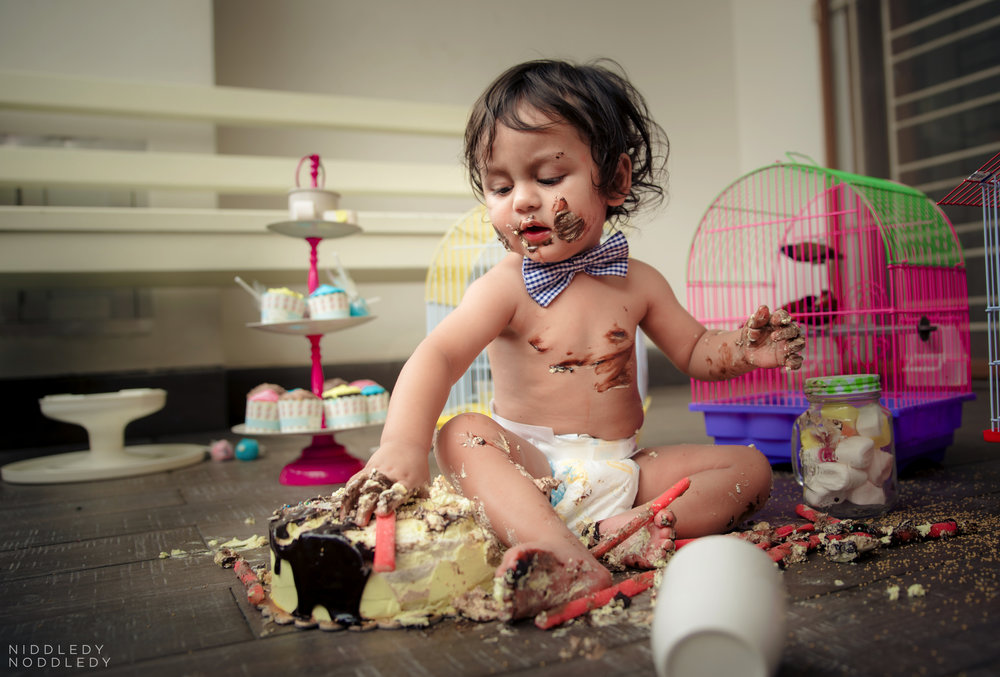 Avyaan Birthday Smash Cake Photoshoot ❤ NiddledyNoddledy.com ~ Bumps to Babies Photography, Kolkata - 13.jpg
