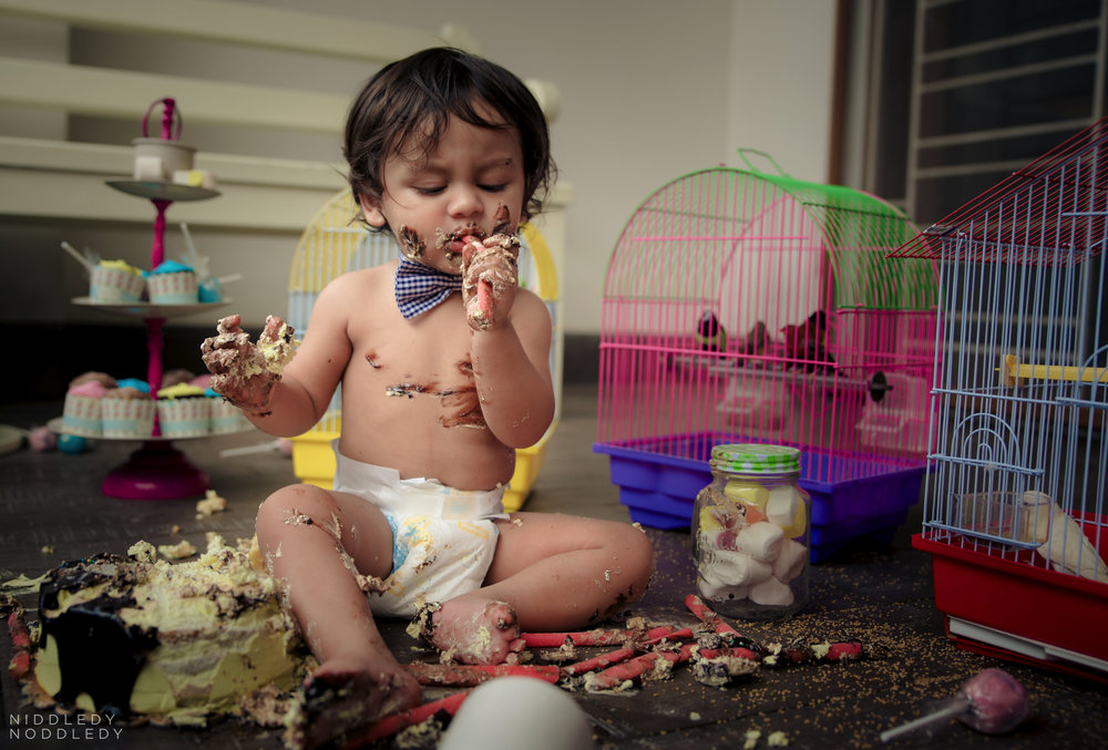Avyaan Birthday Smash Cake Photoshoot ❤ NiddledyNoddledy.com ~ Bumps to Babies Photography, Kolkata - 16.jpg