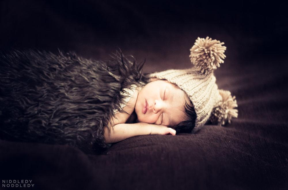 Reyansh Newborn Photoshoot ❤ NiddledyNoddledy.com ~ Bumps to Babies Photography, Kolkata - 08.jpg