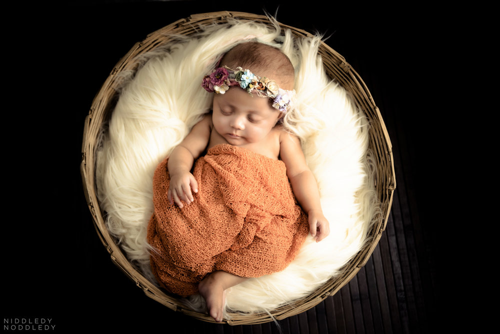 Rayzil Newborn Photoshoot ❤ NiddledyNoddledy.com ~ Bumps to Babies Photography, Kolkata - 06.jpg