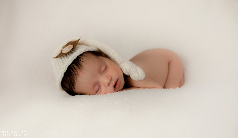 Newborn Prop Photoshooot ❤ NiddledyNoddledy.com ~ Bumps to Babies Photography, Kolkata - 04.jpg