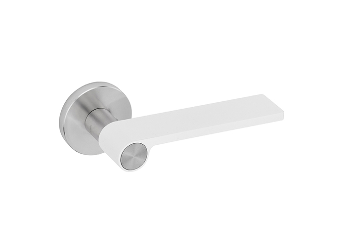 Outline White Handle - Design Christian Magalhaes