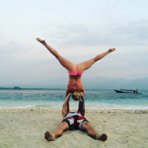 acro-yoga-beach-couple-inversion