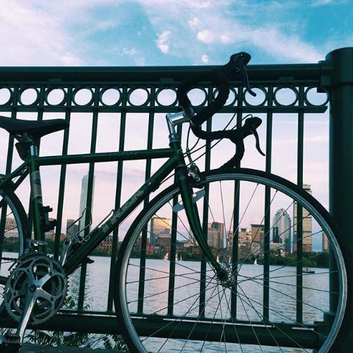 car-bike-commuter-eco-boston