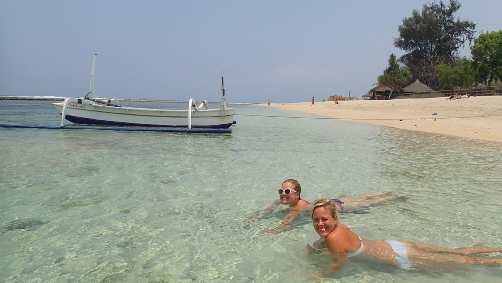 Clear blue waters on Gili Air