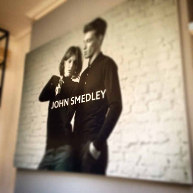 @smiddleton89 & @daveuprichard had a very busy start to the day, first off Floris then @johnsmedleyknitwear for a quick graphic install at their Brook St showroom before heading back to OBC Towers #JohnSmedley (at John Smedley)