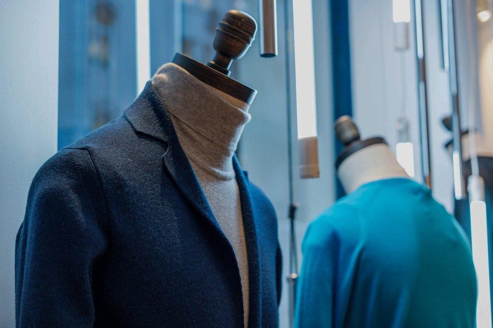 onebigcompany-design-london-art-direction-retail-marketing-window-display-john-smedley-knitwear-jermyn-street-christmas-2018-3.jpg