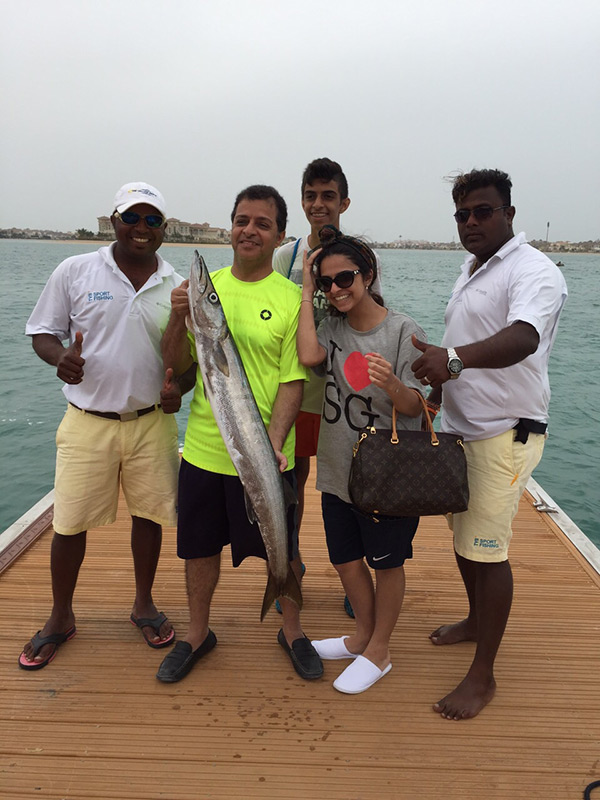 Family-fishing-uae.jpg