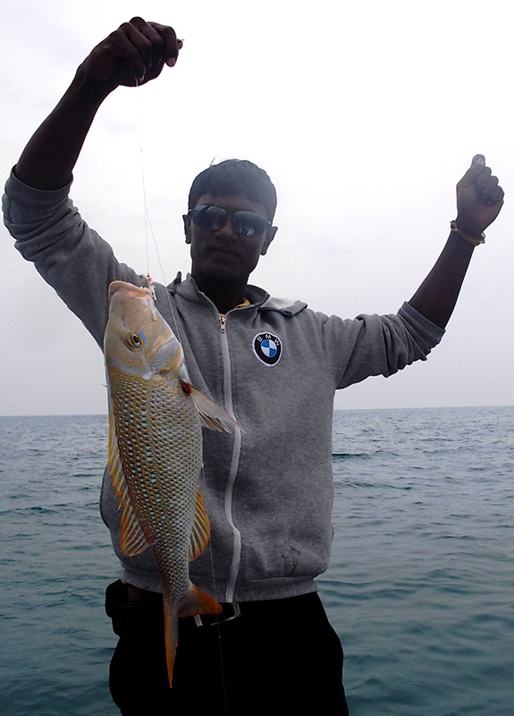 Fishing-dubai-marina.jpg
