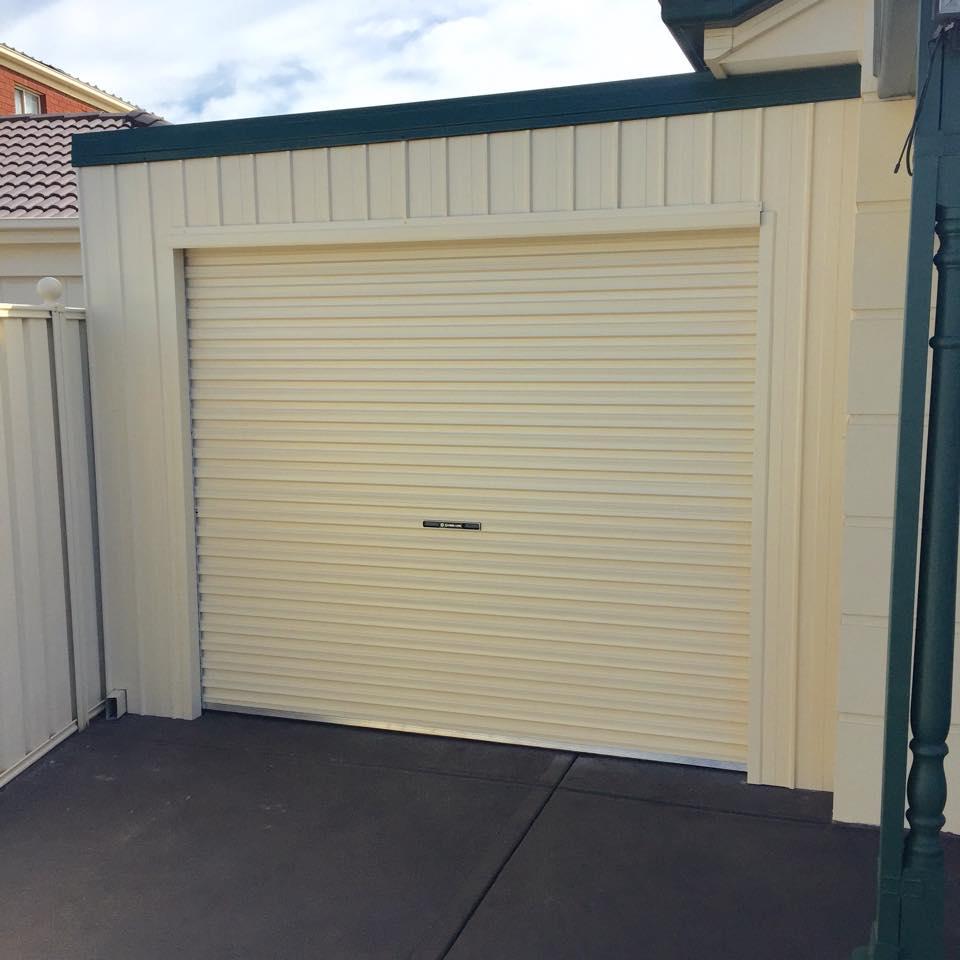 Carports With Garage Doors Pictures Pixelmaricom: Carports With Roller Doors Inspiration