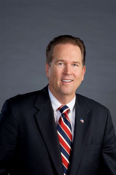 Representative Vern Buchanan (R-FL) Elected 2006 M.B.A. University of Detroit Mercy (1986)