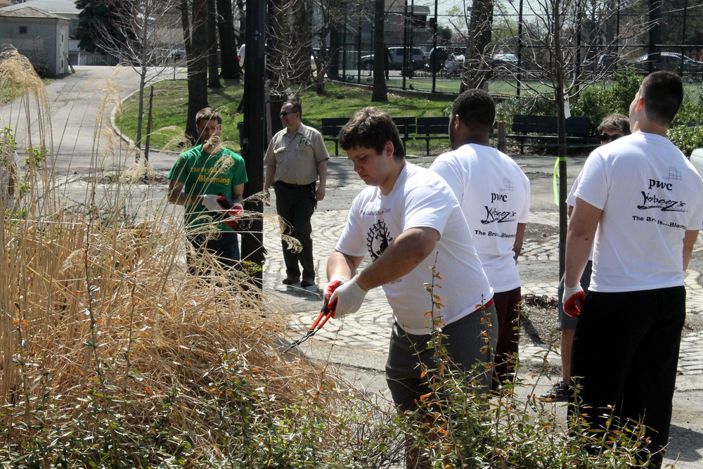 Fordham football players helped to clean up Haffen Park in Bronx, NY during a team volunteer day last year (photo courtesy of Fordham University)
