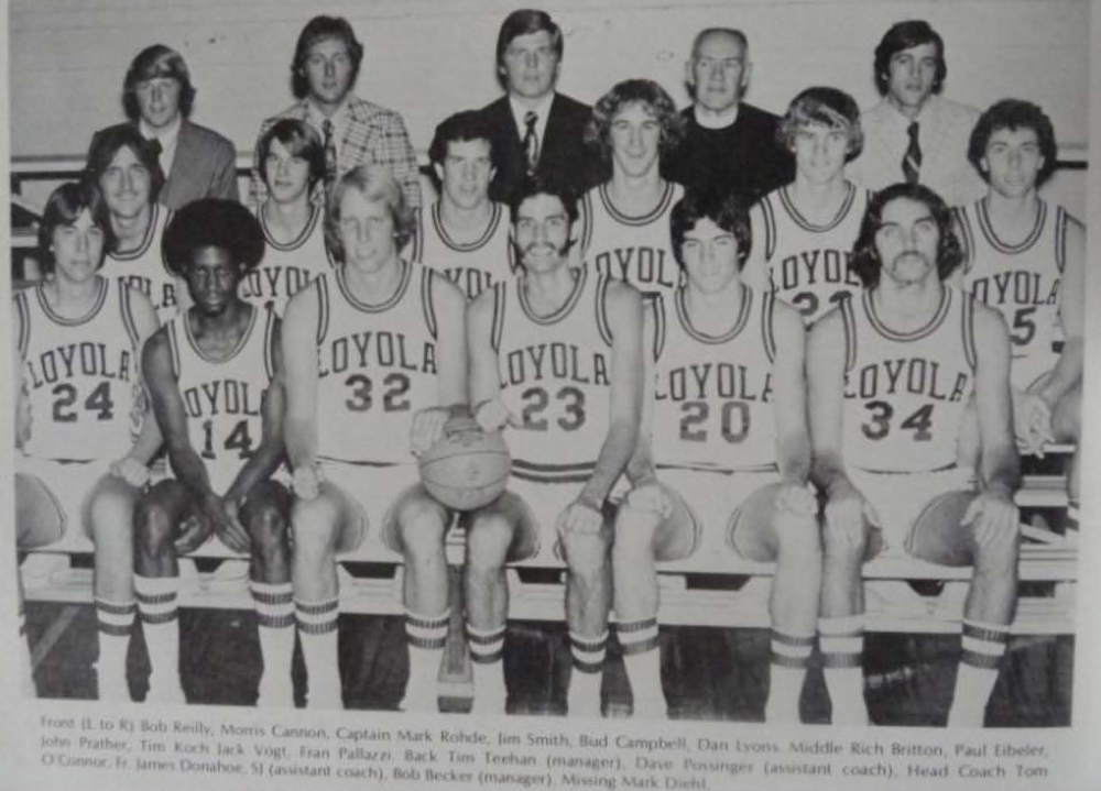 1975-76 Loyola Maryland men's basketball team (photo by Jimmy Smith)