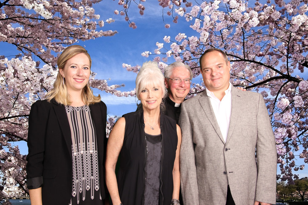 Deanna Howes, Emmylou Harris, AJCU President Rev. Michael J. Sheeran, S.J., Peter Spiro (Photo by JRS-USA)