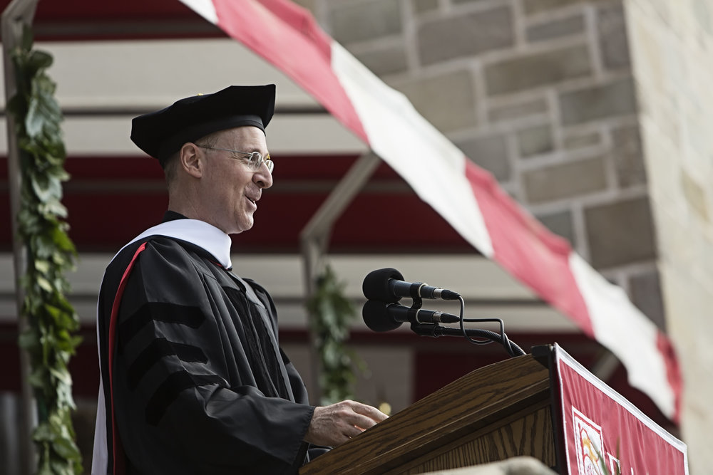 REV. JAMES MARTIN, S.J. ADDRESSING THE CLASS OF 2015 AT FAIRFIELD UNIVERSITY (PHOTO BY FAIRFIELD UNIVERSITY)
