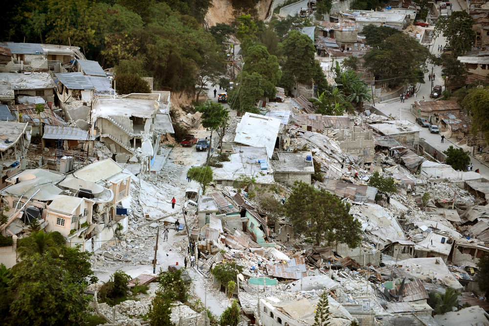 In 2010, a magnitude 7 earthquake destroyed homes and other buildings across Haiti (photo by Getty Images, courtesy of Loyola University Chicago)