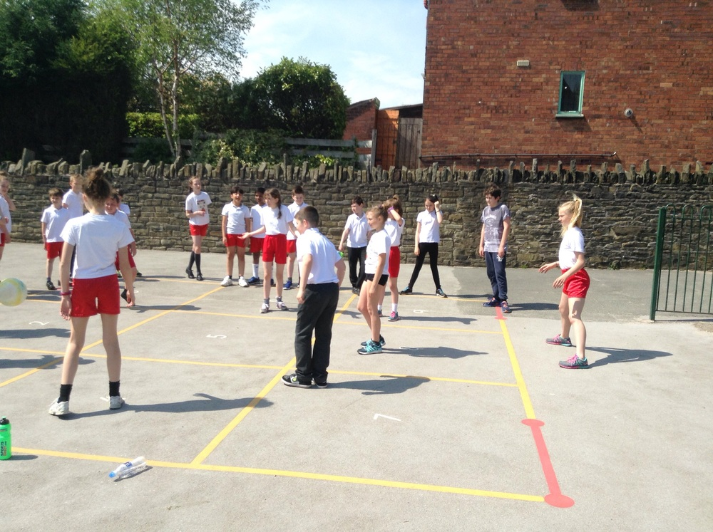A high pace game of 9 square.