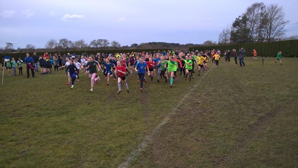 Start of the girl's race